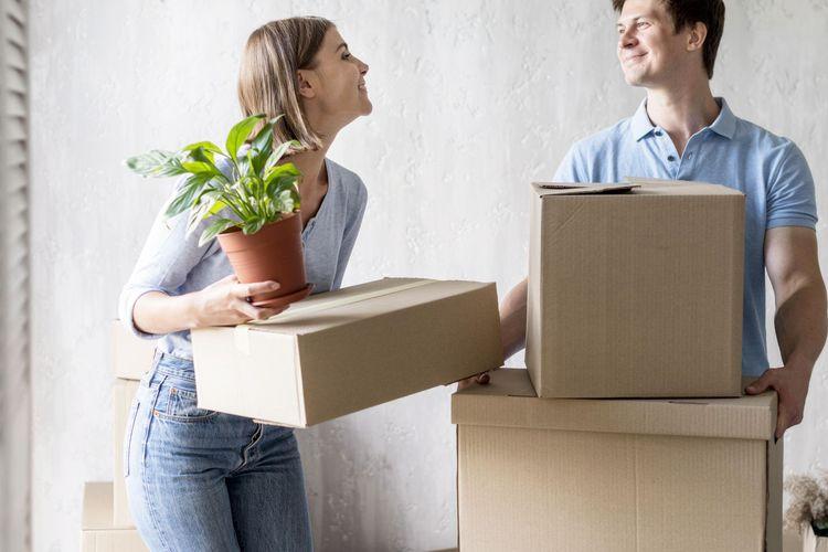 Ilustrasi pindah rumah.
