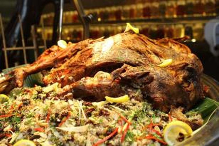 Turkish Rice, salah satu hidangan utama khas Turki yang disajikan di Restoran SATOO, Shangri-La Hotel, Jakarta.