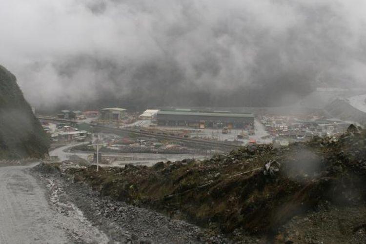 Pemandangan di pertambangan emas-tembaga PT Freeport Indonesia yang merupakan investasi Amerika Serikat.