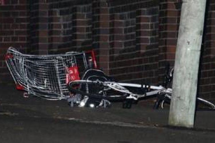 Troli Belanja yang menjadi saksi bisu kecelakaan tragis yang merengut nyawa Robin Wahlgren