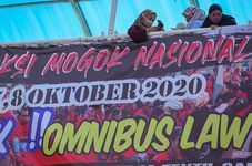 Foreign Investors Warn Indonesia on Jobs Law's Harmful Effects