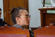 Video: Nadine Chandrawinata Jadi Saksi di Persidangan Gatot Brajamusti