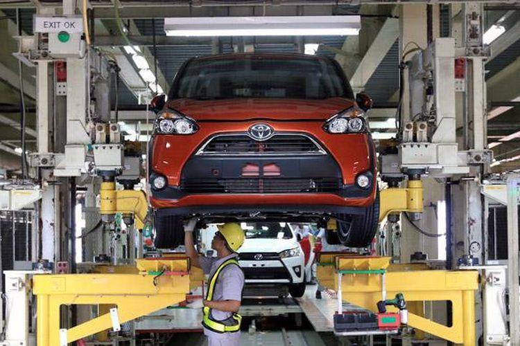 Toyota Sienta diproduksi di Plant II milik Toyota Motor Manufacturing Indonesia (TMMIN) di Karawarang, Jawa Barat.
