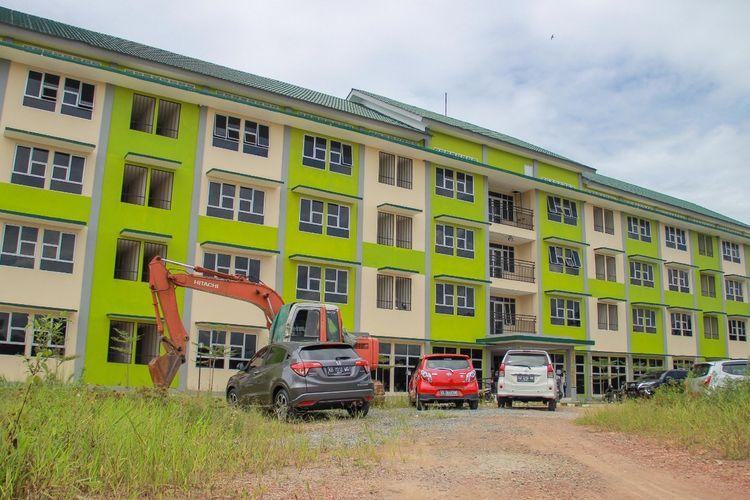Pemerintah Kota Pontianak, Kalimantan Barat telah menyiapkan rumah susuh sederhana Nipah Kuning berkapasitas 58 orang untuk mengisolasi pasien dalam pengawasan (PDP) dengan gejala ringan dan asimptomatik atau orang tanpa gejala (OTG) Covid-19.