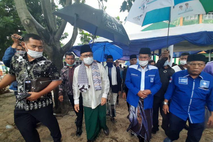 Ketua Umum Partai Amanat Nasional Zulkifli Hasan saat mengunjungi Ponpes Al Mubarok Kota Serang, Banten