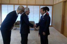 Ketika Kaisar Jepang dan Ketua DPR Bicara Perkawinan Ikan Mas dan Koi....