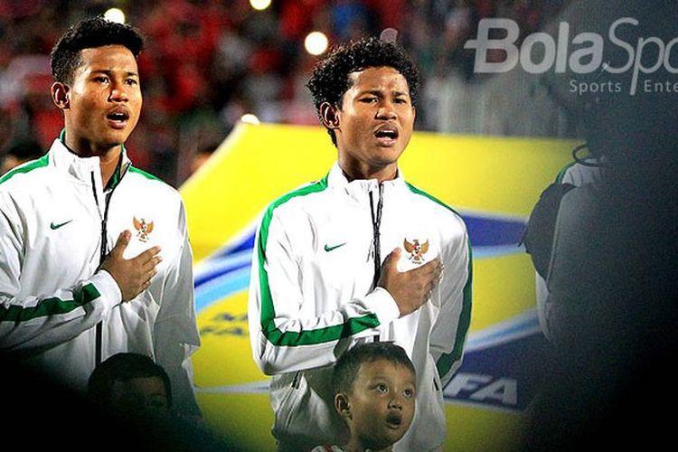 Kakak-beradik yang jadi pemain timnas U-18 Indonesia, Amiruddin Bagus Kahfi dan Amiruddin Bagas Kaffa.