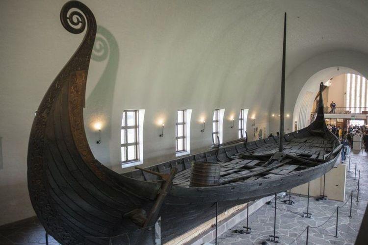 Kapal panjang yang terkubur di Gjellestad akan terlihat seperti kapal Oseberg terkenal yang dipamerkan di Oslo.
