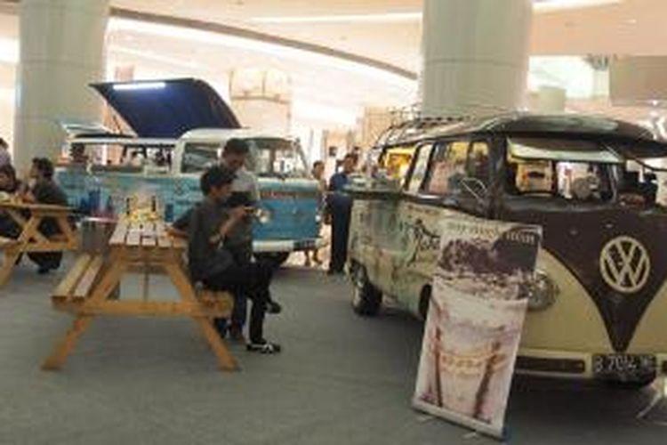 Food truck dari Tabanco dan Gusto di Combi dalam Gourmet Week di Lotte Shopping Avenue, Rabu (27/5/2015).