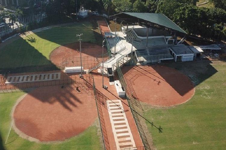 Lapangan softball di Kompleks Gelora Bung Karno (GBK) Jakarta.