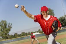 Teknik Memegang Bola dalam Permainan Baseball