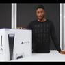 YouTuber Bagikan Kesan Saat Membuka Kardus PlayStation 5
