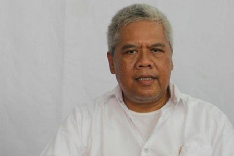 Komisi Disiplin (Komdis) PSSI telah memutuskan untuk menonaktifkan salah satu anggotanya, Dwi Irianto atau yang akrab disapa Mbah Putih, setelah diduga tersandung skandal pengaturan skor.