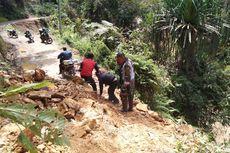 Longsor Memutus Akses Jalan Menuju 7 Desa di Sarolangun, Jambi