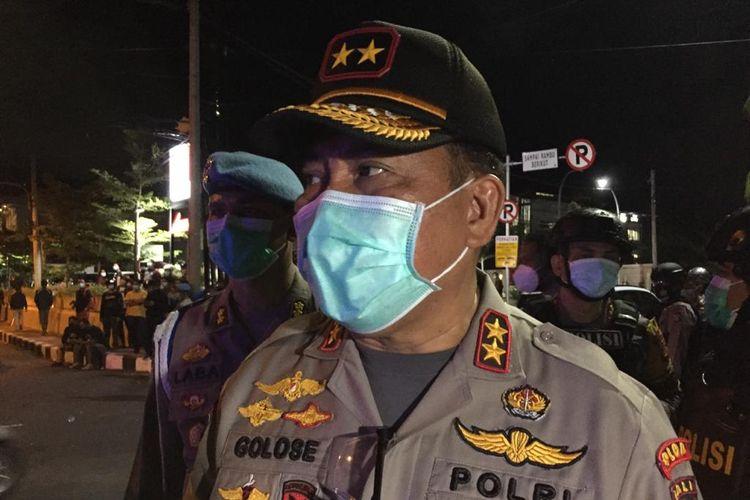 Irjen Petrus Reinhard Golose saat masih menjadi Kapolda Bali, usai memantau aksi di depan kampus Unud Bali, Kamis (8/10/2020).
