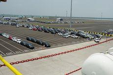 Perdana, Pelabuhan Patimban Layani Pengiriman 700 Mobil Baru ke Medan