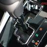 Tuas Transmisi Model Zig-zag di Mobil Matik Lebih Cocok untuk Pemula?