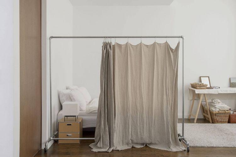 Penyekat ruang dari kain yang murah dan mudah didapat