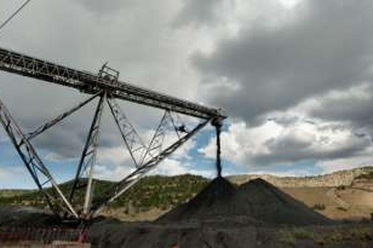 Tambang batu bara di Baishan, China