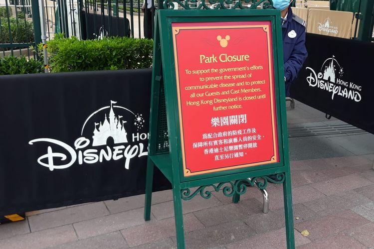 Hong Kong Disneyland ditutup sementara untuk mencegah berkembangnya virus corona di Hong Kong, Minggu (26/1/2020).