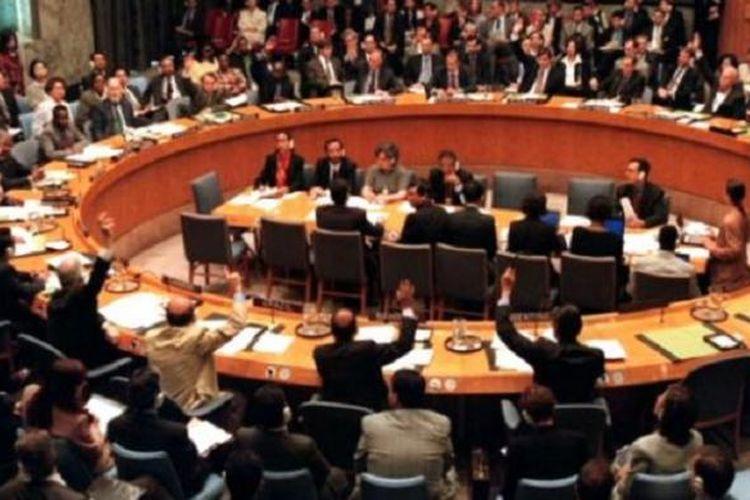 Suasana sebuah rapat Dewan Keamanan PBB.