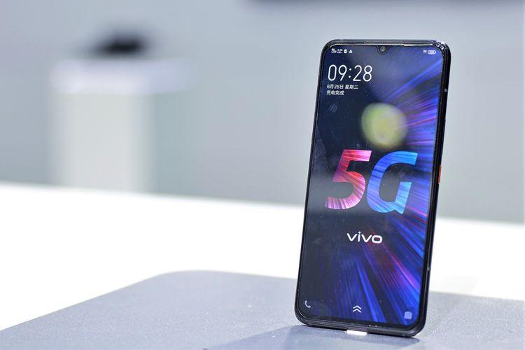 Ilustrasi ponsel 5G Vivo