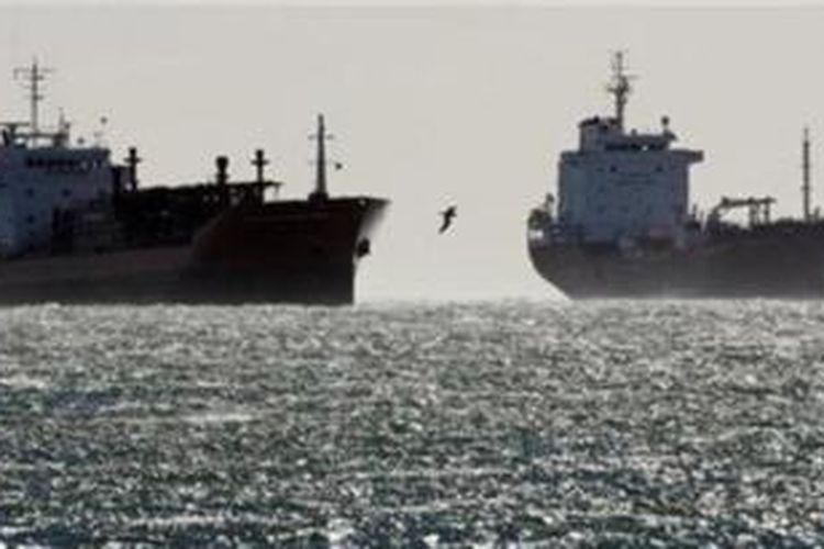 Kapal tanker.