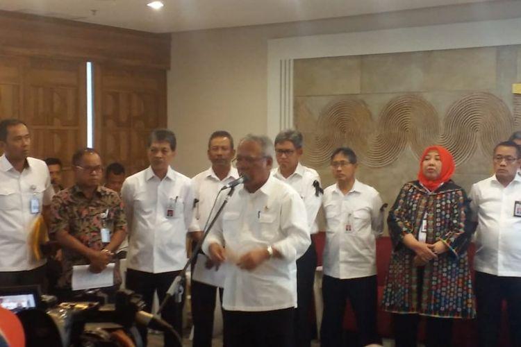 Menteri PUPR Basuki Hadimuljono dalam jumpa pers di kantor Kementerian PUPR, Jakarta, Selasa (4/12/2018).