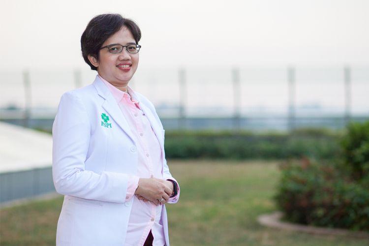 Dr. dr. Purwita Wijaya Laksmi, Sp. PD-KGer Dokter Spesialis Penyakit Dalam Konsultan Geriatri, RS Pondok Indah ? Bintaro Jaya