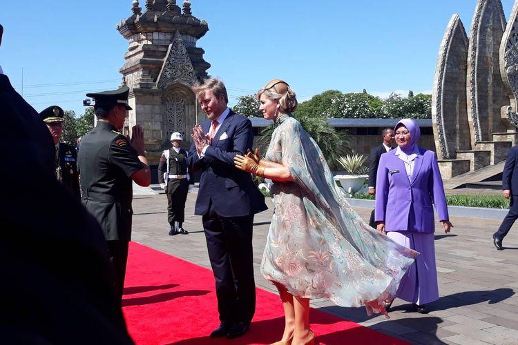 Raja Belanda Willem-Alexander dan Ratu Maxima Zorreguieta Cerrutiberkunjung ke Taman Makam Pahlawan (TMP) Kalibata, Jakarta Selatan, Selasa (10/3/2020).