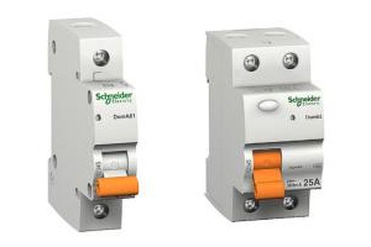 Miniature Circuit Breaker (MCB) dan Earth Leakage Circuit Breaker (ELCB).