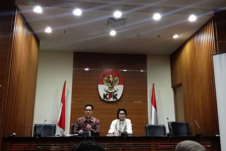 Juru Bicara KPK Febri Diansyah dan Wakil Ketua KPK Basaria Pandjaitan