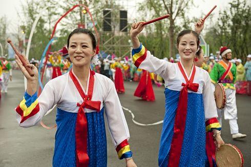 Cerita Dunia: Polisi Fesyen hingga Pasar Gelap Korea Utara