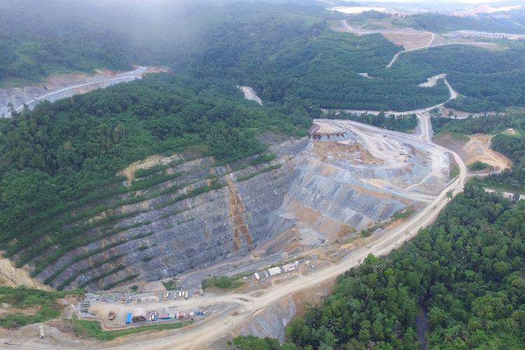 Lahan tambang emas milik PT Archi Indonesia Tbk yang berlokasi di Toka Tidung, Sulawesi Utara, Senin (2/8/2021).