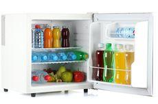 Berapa Lama Air Boleh Didinginkan di Dalam Kulkas?