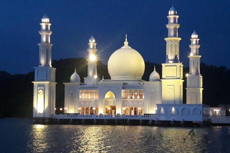 Indahnya 3 Masjid Terapung di Indonesia Halaman all - Kompas.com