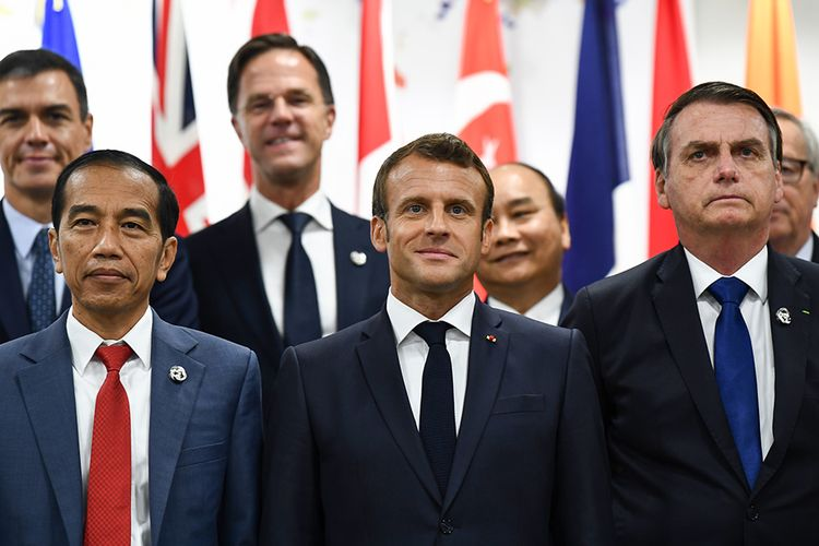 The Group of 20 (G20) nations agreed to extend debt relief for another six months to support poor nations in their fight against the coronavirus pandemic.