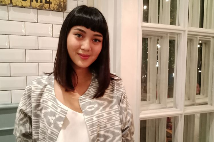 Beauty and travel influencer, Rachel Theresia seusai gathering bersama Senka di Jakarta, Senin (4/6/2018).