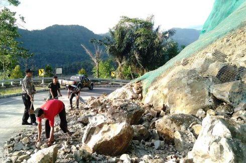 Longsor di Tanjakan Mala Dibersihkan, Jalur Lintas Selatan Cianjur Kembali Lancar