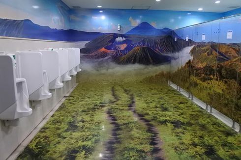 Toilet 3 Dimensi Manjakan Pemudik di Bandara Juanda