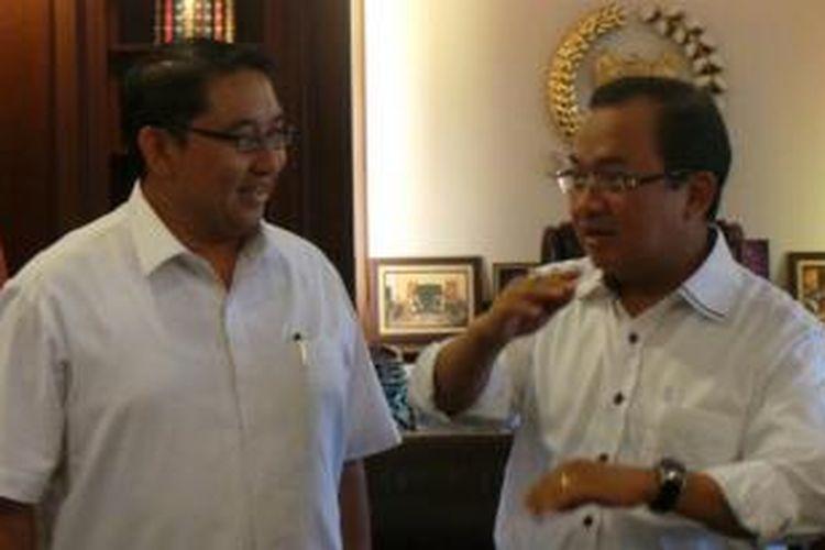 Politisi Golkar Priyo Budi Santoso saat bertemu Wakil Ketua Umum Partai Gerindra Fadli Zon, di Jakarta, Jumat (30/5/2014).