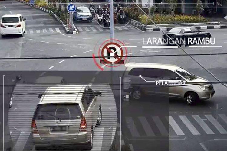 CCTV dipasang di setiap lampu lalu lintas.