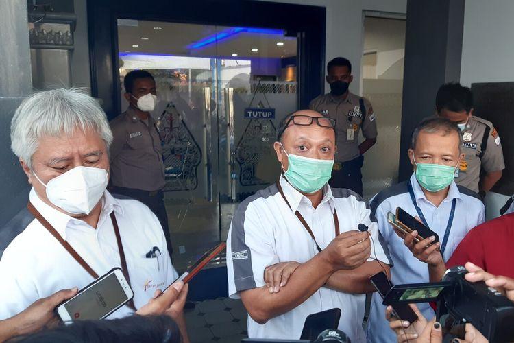 Manajemen Bank Jateng memberikan keterangan pers terkait hilangnya dana nasabah diduga kena skimming di Kantor Cabang Bank Jateng Klaten, Rabu (8/9/2021).