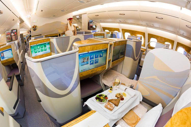 Kelas bisnis pada Emirates Airbus A380.