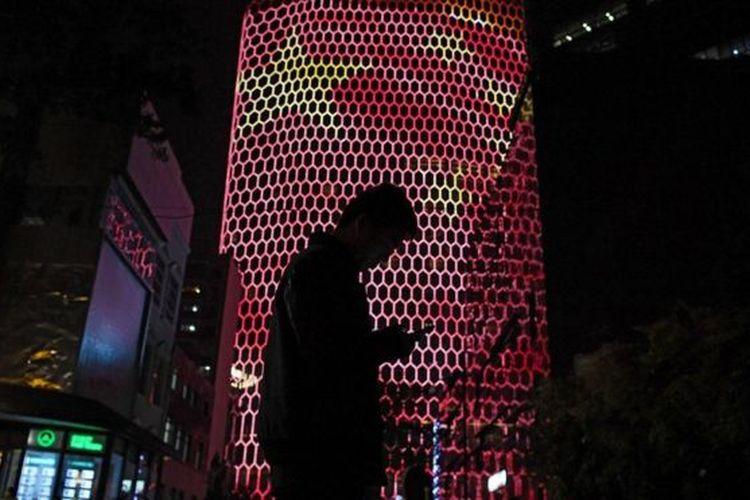 China disebut menempatkan agen di perusahaan-perusahaan teknologi.