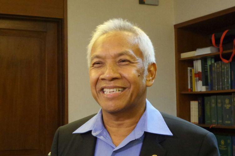 Wakil Ketua DPR RI Agus Hermanto di Kompleks Parlemen, Senayan, Jakarta, Kamis (16/11/2017).