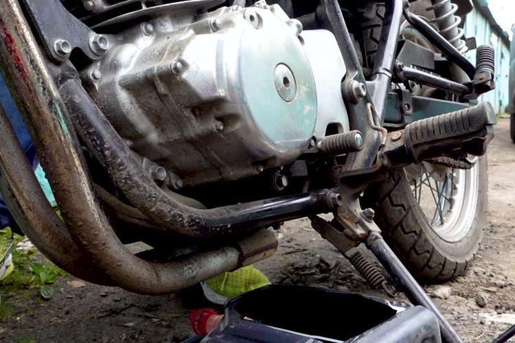 Ganti Oli Motor