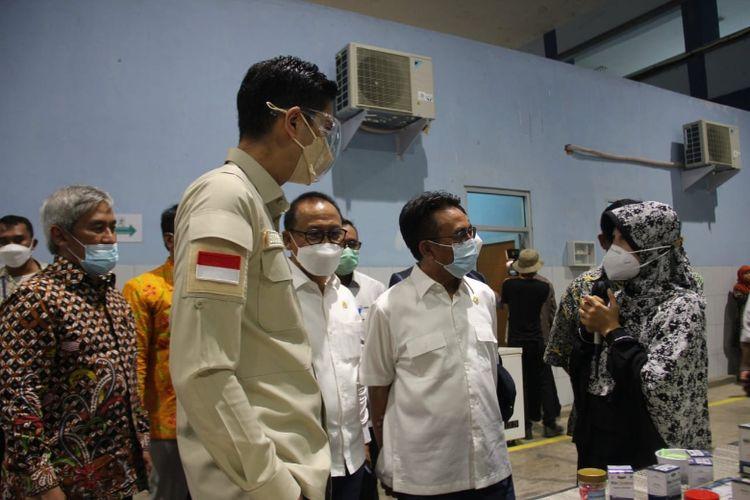 Rombongan Komisi IV DPR RI saat melakukan kunjungan kerja ke Politeknik Kelautan dan Perikanan (Poltek KP) Karawang pada Jumat (4/6/2021)