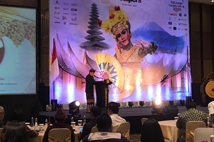 Menteri Pariwisata dan Ekonomi Kreatif Wishnutama saat membuka Indonesia Tourism Outlook 2020, di Badung, Bali, Jumat (22/11/2019).