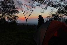 Camping di Deles Indah Klaten Ditemani Gagahnya Kawah Merapi dan Sunrise